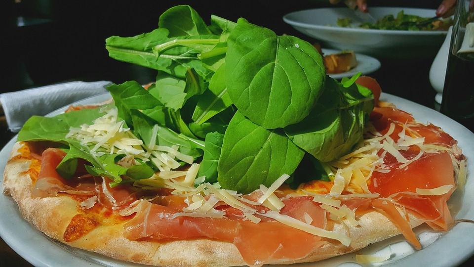 Condimenti per la pizza: ecco 3 idee per rendere la tua pizza unica