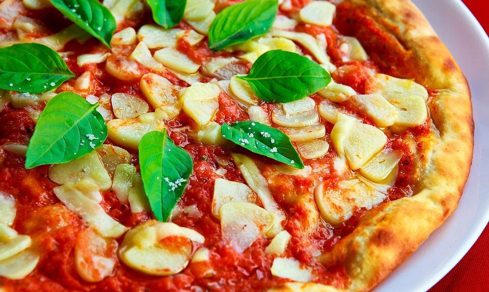 Ecco perché gli italiani impazziscono per la pizza