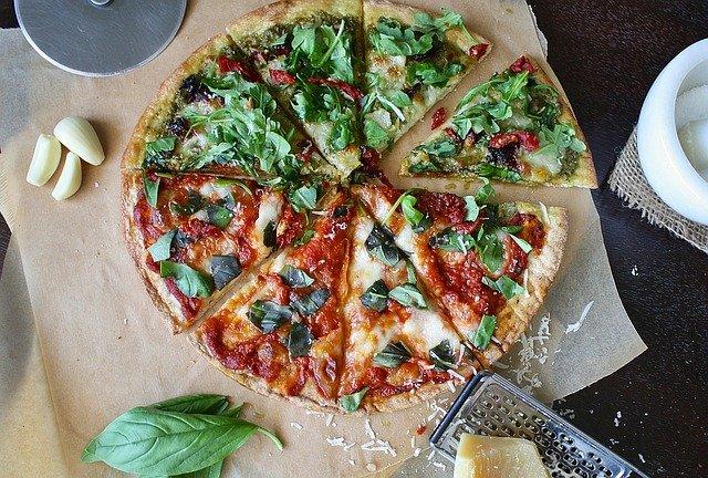 Pizza e aperitivo, combinazione perfetta
